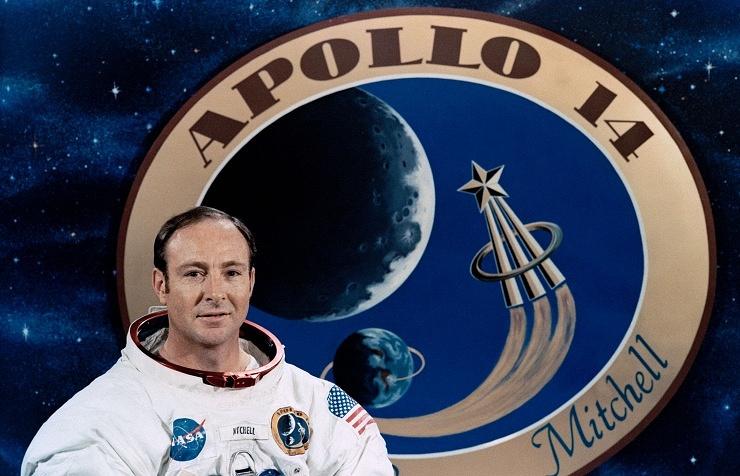 Экс-астронавт NASA Эдгар Митчелл  Подробнее на ТАСС: http://tass.ru/kosmos/2644615