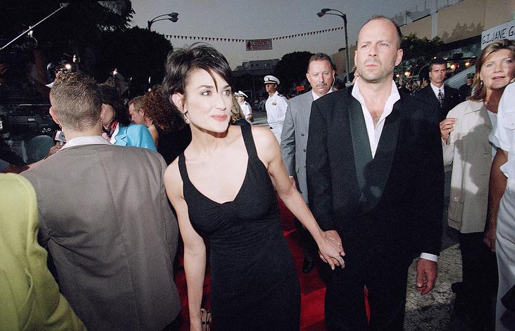 Деми Мур и Брюс Уиллис, 1997 год