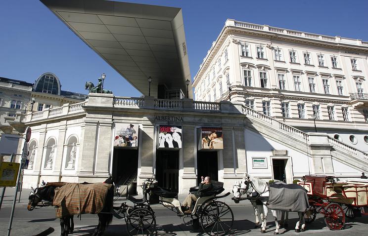 """Картинная галерея """"Альбертина"""" в Вене"""