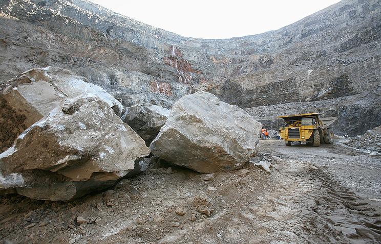 Размещена фотография сместа обрушения золотодобывающего карьера вКрасноярском крае