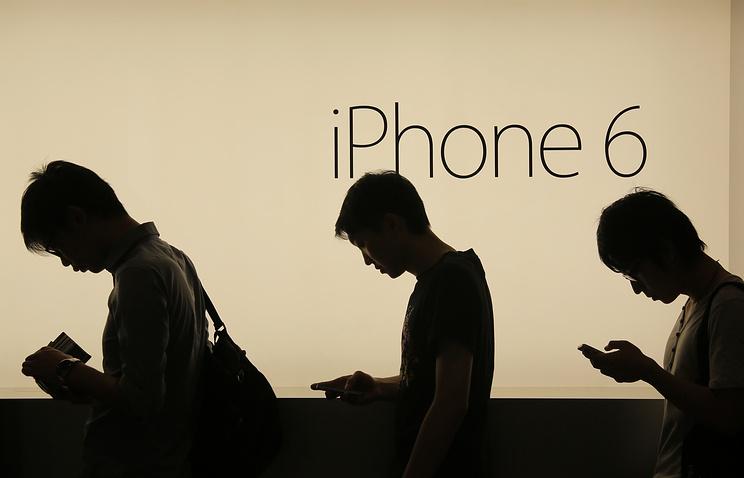 Падают продажи iPhone