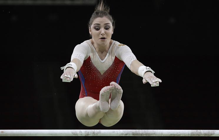 Гимнастки Мустафина иТутхалян вышли вфинал личного многоборья наОИ