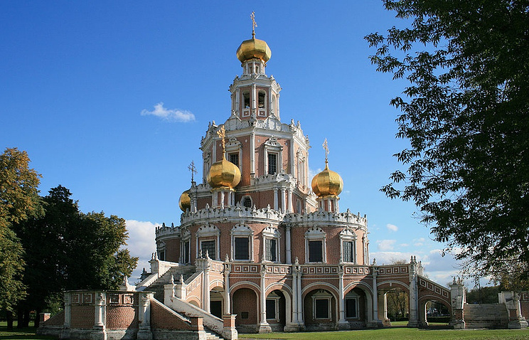РПЦ забирает церковь Покрова вФилях