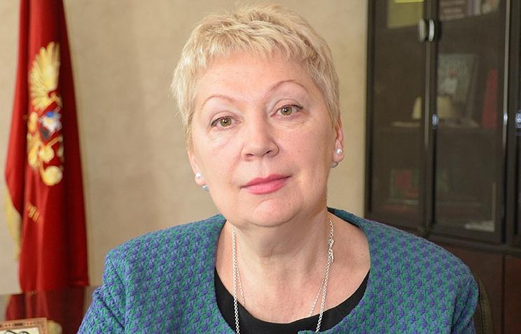 Руководитель МинобрнаукиРФ призвал школы отказаться отбумажных потрясающих журналов