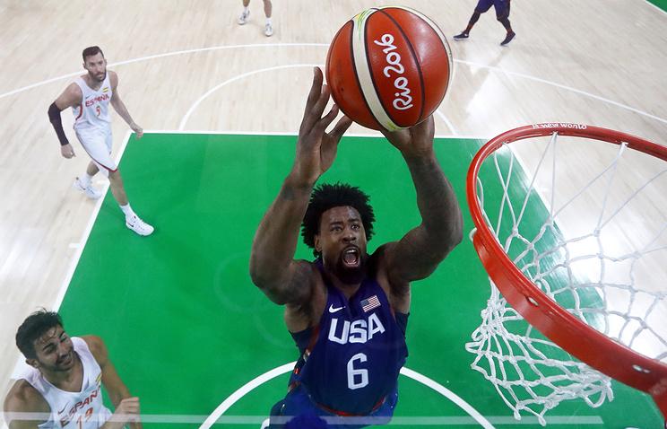 Баскетболисты сборной США обыграли команду Испании ивышли вфинал Олимпиады