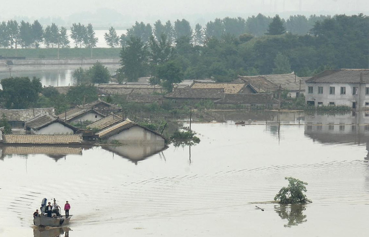 Жертвами наводнения вКНДР стали 133 человека