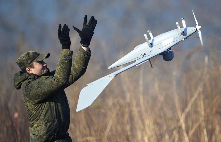 ВоенныеРФ иИндии применили беспилотники впроцессе учений «Индра-2016»