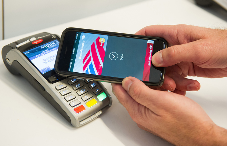 Система платежей Apple pay заработает в РФ осенью