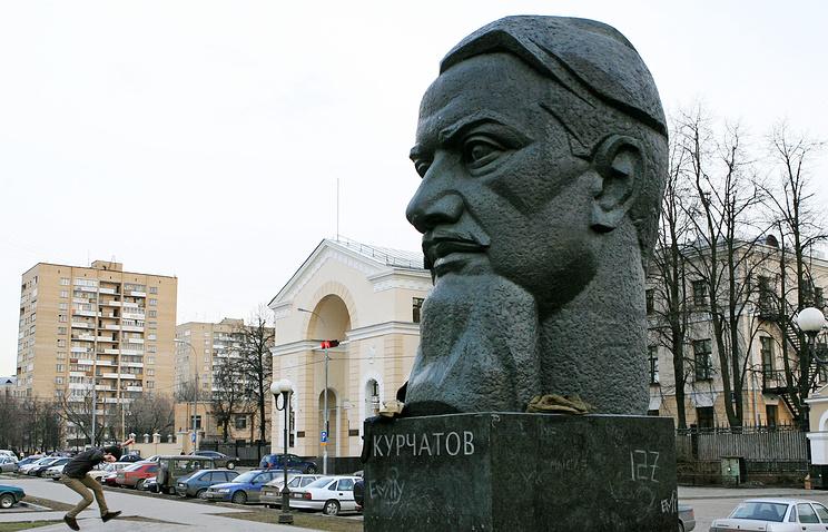 Встолице сделали 3D-модели монументов Мигелю деСервантесу иИгорю Курчатову