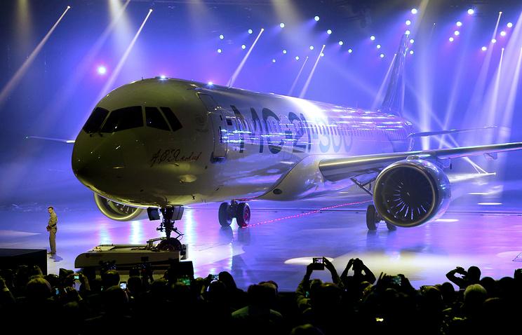 Новый русский самолет МС-21 совершит пробный полет в будущем году