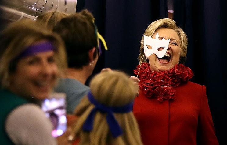 Клинтон уже заказала фейерверк нареке Гудзон вчесть победы навыборах