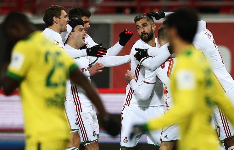 «Локомотив» обыграл «Анжи» срезультатом 4:0