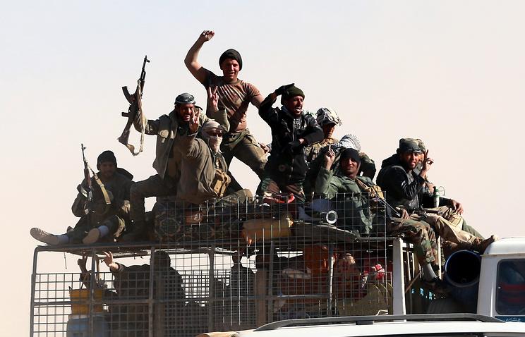 Иракские ополченцы перекрыли дорогу изМосула вСирию