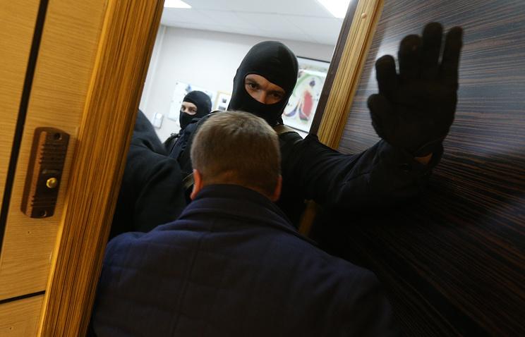Суд Санкт-Петербурга арестовал подозреваемых впосредничестве при взятке полковнику МВД