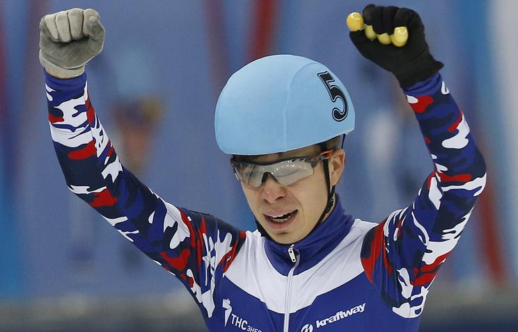 Виктор Анзавоевал бронзовую медаль наэтапе Кубка мира пошорт-треку