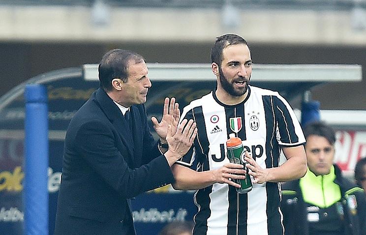 Дубль Игуаина помог «Ювентусу» обыграть «Торино» вдерби вчемпионате Италии