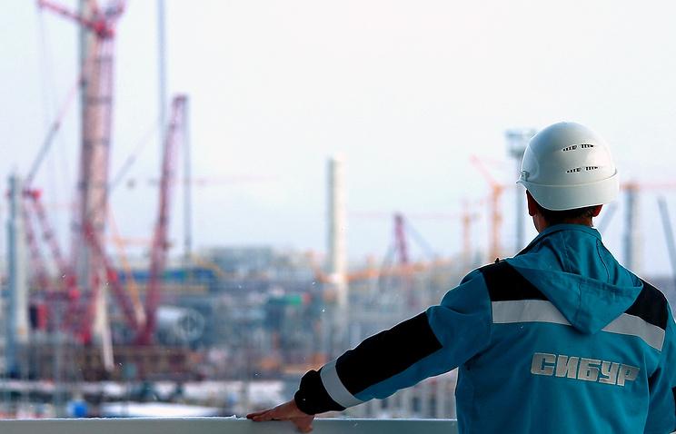 Китайские инвесторы приобрели 10% акций «Сибура»