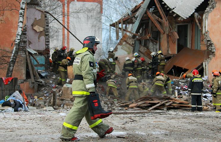 НаМакаренко вБелгороде огнеборцы спасли измногоэтажки 10 человек