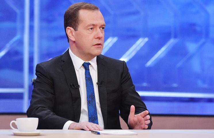 Медведев: расходы наоборону обеспечивают развитие экономики