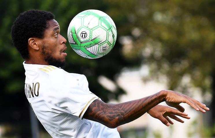 «Милан» готов реализовать Луиса Адриано в«Спартак» за7млневро