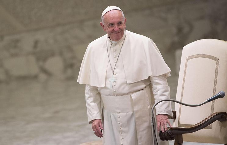Папа Римский кРождеству передаст украинцам EUR 6 млн