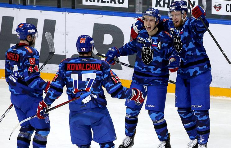 Хоккеисты СКА одержали 9-ю победу подряд вКХЛ, обыграв «Нефтехимик»
