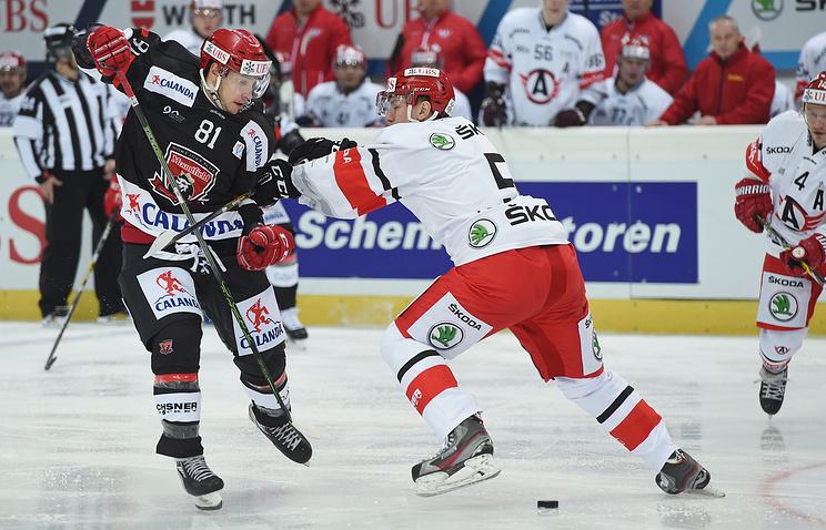 Хоккейный «Автомобилист» проиграл стартовый матч Кубка Шпенглера