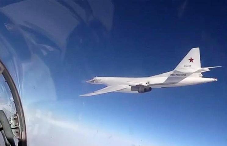 МинобороныРФ удивил ажиотаж вокруг бомбардировщиков Ту-160 вАтлантике