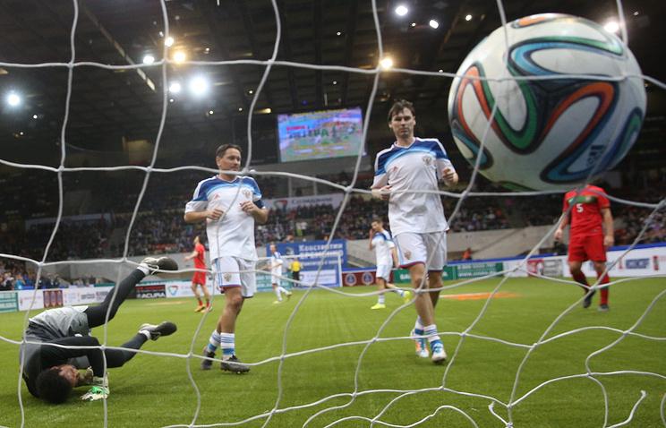 Сборная РФ обыграла Нидерланды на«Кубке Легенд— 2017»