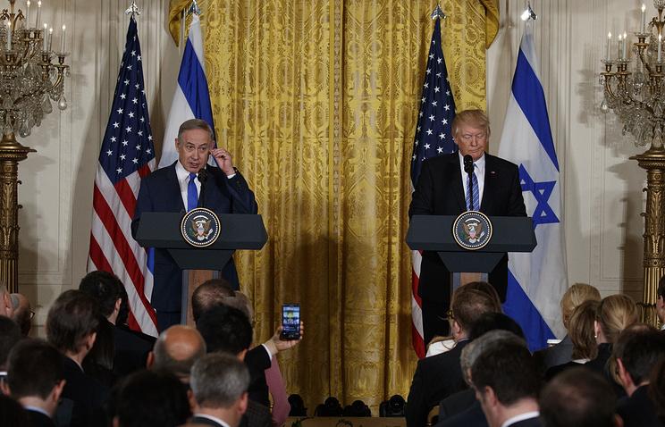 Трамп призвал Нетаньяху подождать состроительством поселений на неоднозначных территориях