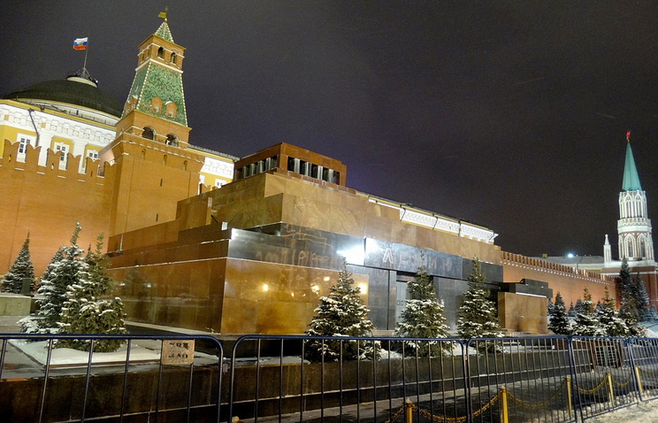 Мавзолей Ленина будет временно закрыт для гостей ссегодняшнего дня