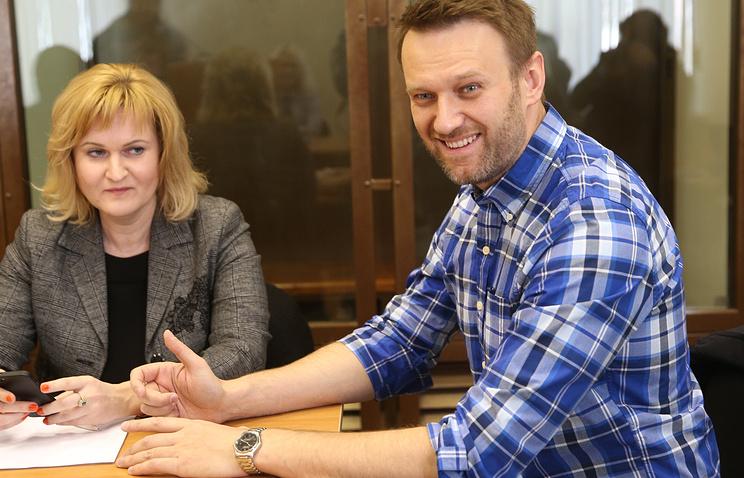 Алексей Навальный и его адвокат Ольга Михайлова