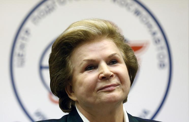 Космонавт Валентина Терешкова получила сотни открыток от граждан  КЧР