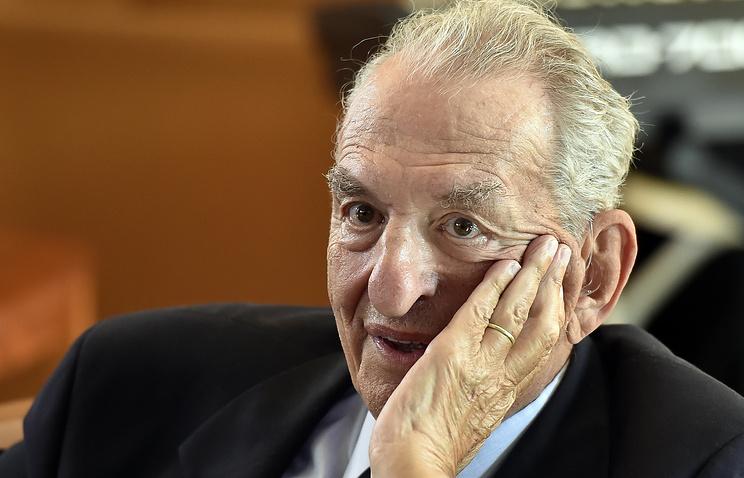 Лауреат Нобелевской премии по химии Джордж Ола