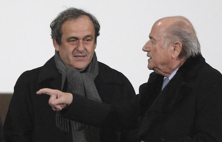 Мишель Платини (слева) и Йозеф Блаттер
