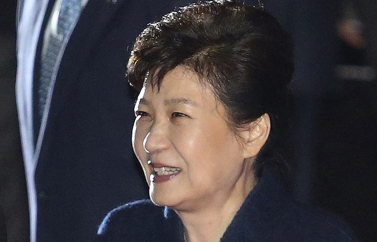 Южнокорейская генпрокуратура вызовет надопрос Пак Кын Хе
