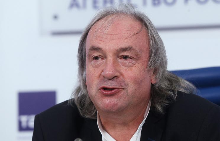 Юрий Давыдов