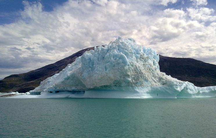 Ученые поведали, почему вода вАрктике позеленела