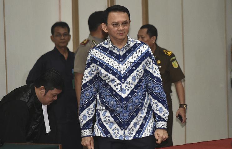 Губернатор Джакарты приговорен кдвум годам тюрьмы забогохульство