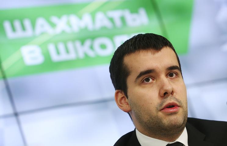 Свидлер победил Харикришну втретьем туре этапа Гран-при пошахматам в российской столице