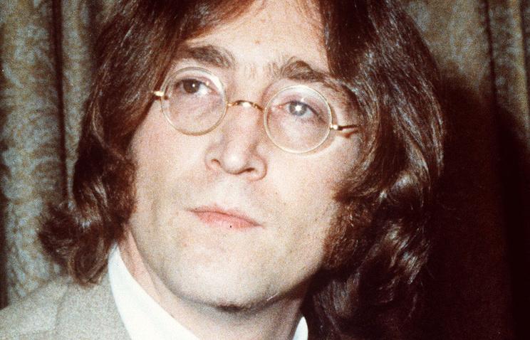 Рисунки Джона Леннона иКурта Кобейна ушли смолотка вНью-Йорке