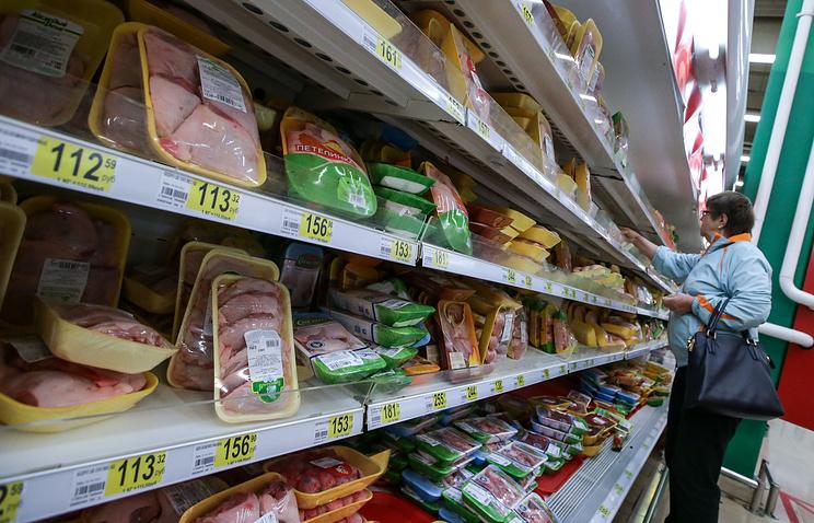 Идею ограничить работу супермаркетов ввыходные дни поддерживают 15% граждан России