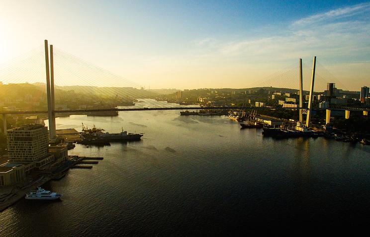 Бухта Золотой Рог, Владивосток