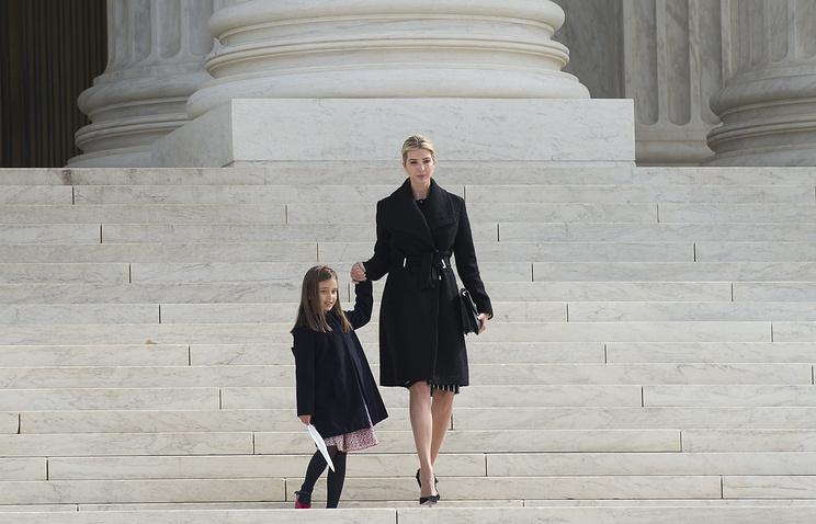 Иванка Трамп с дочерью Арабеллой Кушнер