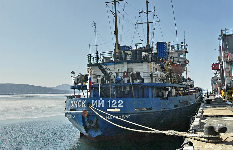 """Российский сухогруз """"Омский-122"""" задержанный властями КНДР 18 февраля 2009 года"""