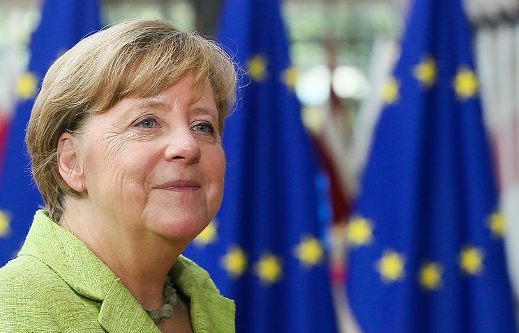Меркель одобрила планы Мэй невыгонять жителей ЕСпосле Brexit