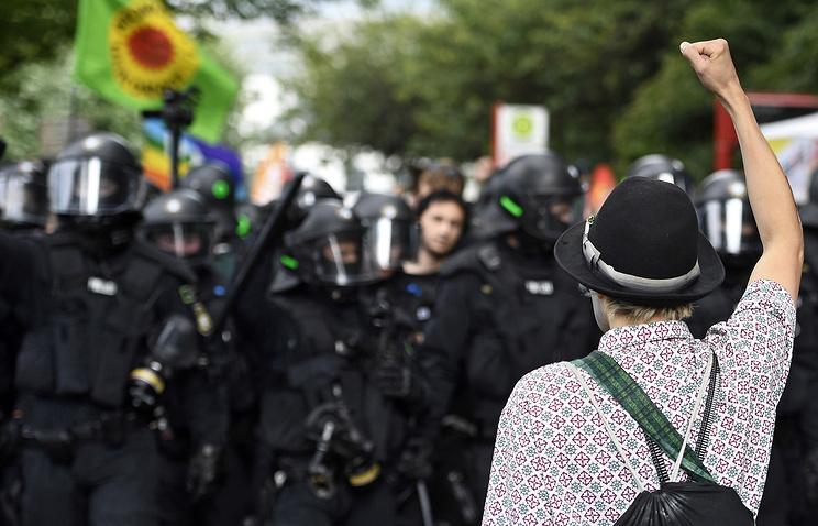 МИД ФРГ объявил обугрозе репутации после беспорядков насаммите G20
