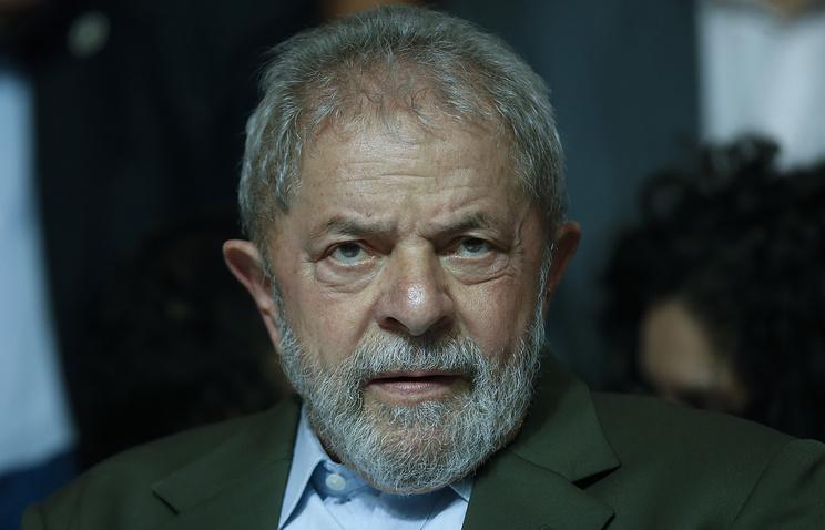 Прежний президент Бразилии приговорен к9,5 годам тюрьмы закоррупцию