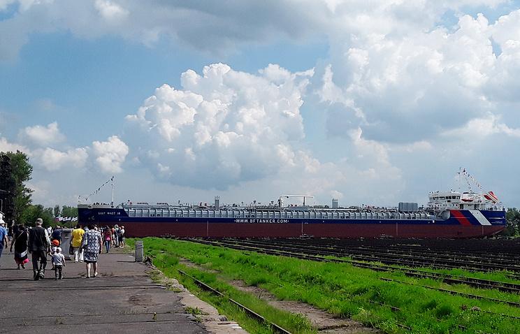 ВНижнем Новгороде спущен 1-ый танкер проекта RST27М