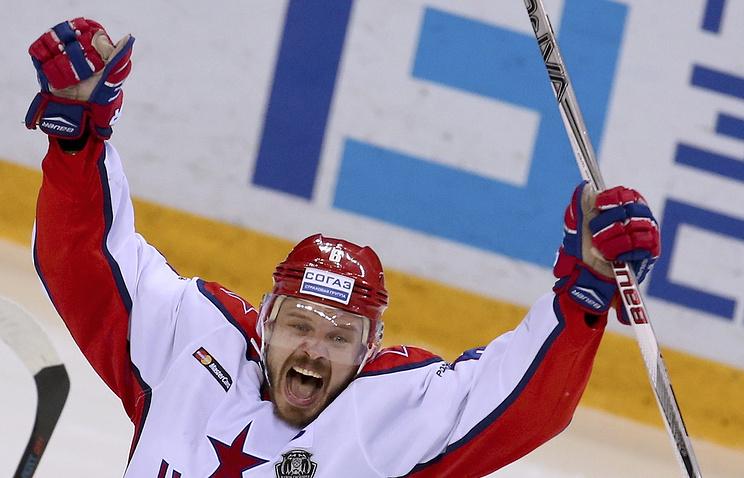Хоккеист ЦСКА Денис Денисов